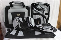 Belle Russo luggage, 2 roller bags, duffel bag and