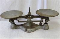 #1 16lb balance scales made by New York