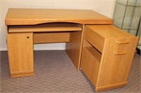 Knee hole desk with pull out key board tray, desk