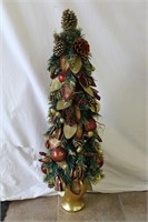 "Decorated 39"" Christmas tree"