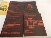 LOT OF 8 FORD SHOP SERVICE & MANUALS