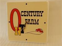CENTURY FARM BATTERY OPERATED PLASTIC CLOCK