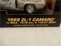 ERTL 1969 ZL-1 CAMARO 4TH SUPERCAR REUNION MODEL