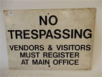 NO TRESPASSING S/S PAINTED METAL SIGN