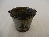 MICA  AXLE GREASE SAMPLE PAIL