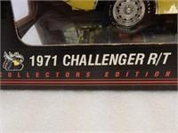 ERTL 1971 DODGE CHALLENGER R/T MODEL CAR / BOX