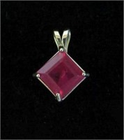10KT YELLOW GOLD 6X6MM GENUINE RUBY PENDANT,