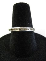 STERLING SILVER DIAMOND RING, 0.18CTS OF DIAMOND