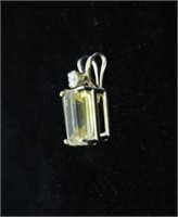 10KT YELLOW GOLD7X5MM GENUINE CITRINE (0.53CTS) &