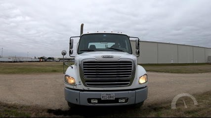 Lot # 3117 - 2007 FREIGHTLINER BUSINESS CLASS M2 100