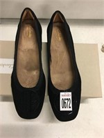 CLARKS DOLL SHOES SIZE 7.5M