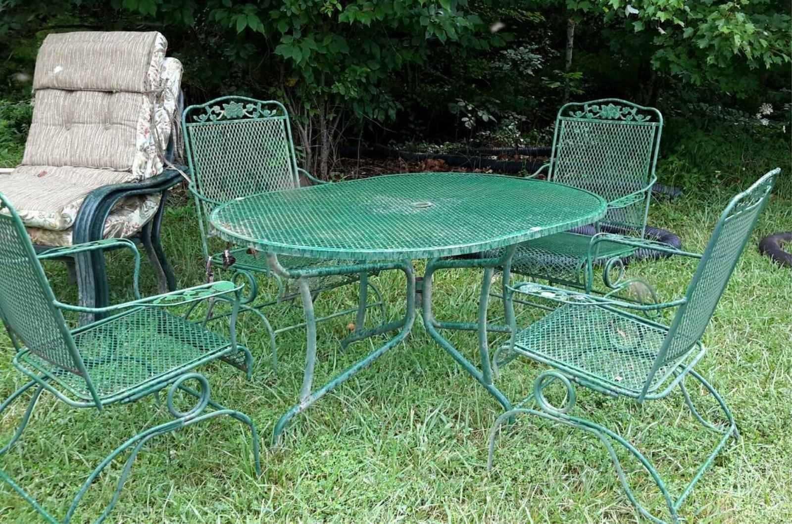 4 pc metal mesh patio table chair set
