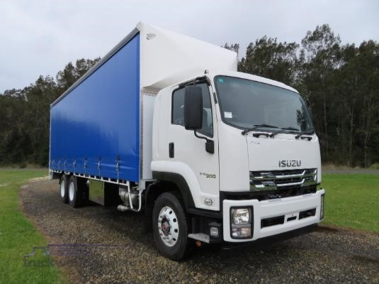 2019 Isuzu FVL 240 300 AUTO LWB - Trucks for Sale