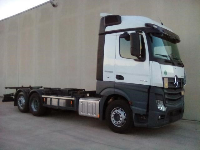 Mercedes-Benz ACTROS 2542 #Used