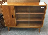 ONLINE AUCTION-MID CENTURY FURNITURE & MORE (SH #382)