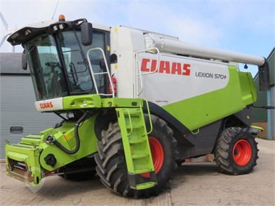 Used CLAAS LEXION 570 for sale in the United Kingdom - 2