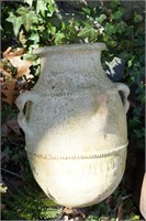 4 clay jugs with foreign origin