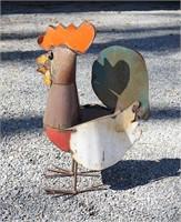 Metal painted rooster sculpture