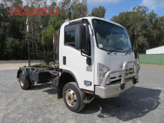 2014 Isuzu NPS300 Used Isuzu Trucks - Trucks for Sale