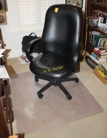Magnificent Office Swivel Chair With Floor Mat H K Keller Machost Co Dining Chair Design Ideas Machostcouk