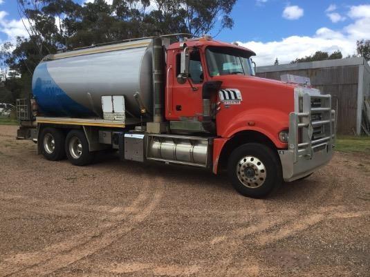 2012 Mack Trident - Trucks for Sale