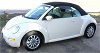 2005 Volkswagen Beetle Bug, leather, conv, 2.0 eng, auto trans, exc cond, stored inside, 41,500 mi (view 1)