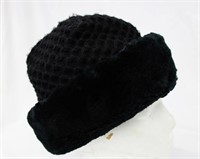 """Sheared Beaver and Knit hat size 21"""" Retail 200.00"""