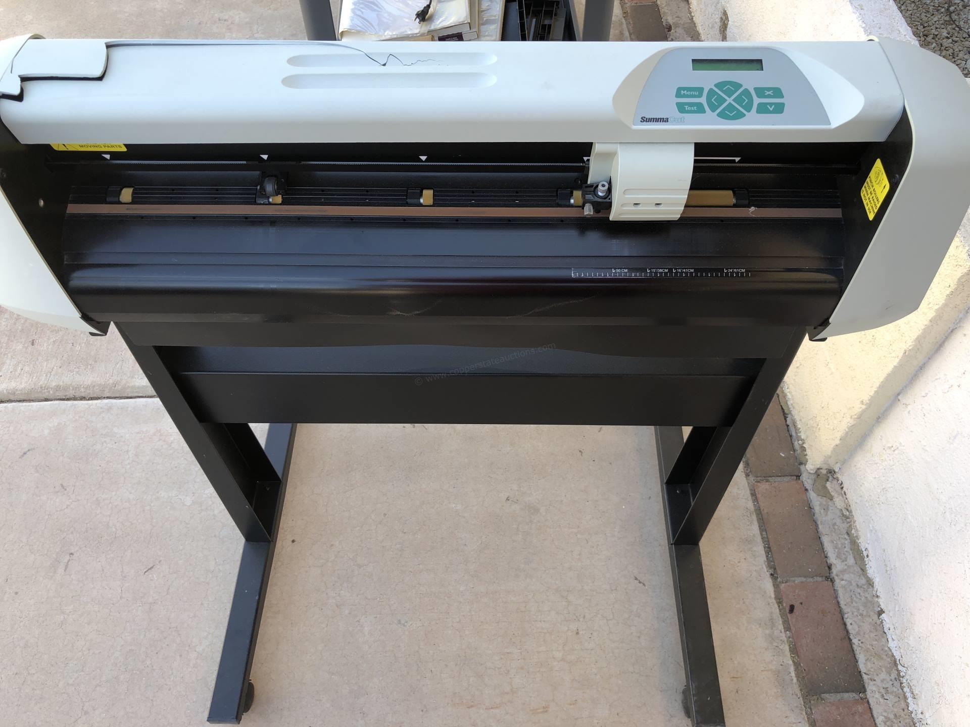 Summa Cut computerized die cutter | Copper State Auctions