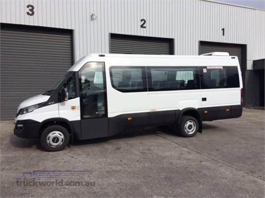 Wszystkie nowe 2018 Iveco Daily Shuttle Mini Bus bus for sale Westar Trucks in IA62