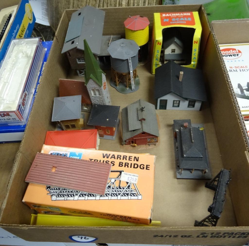 Box Lot: N Scale Bridges & Buildings | Jones Auction & Realty