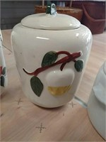 Cookie jars and pottery