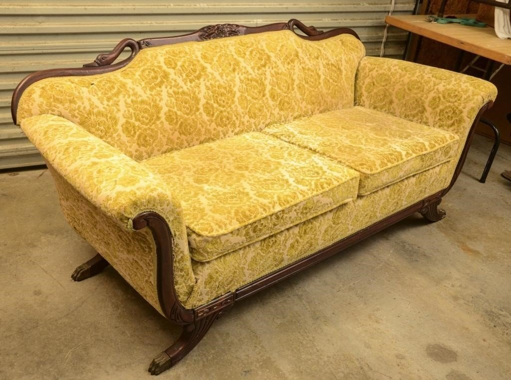 Fine Victorian Style Upholstered Sofa With Brass Feet The K And Camellatalisay Diy Chair Ideas Camellatalisaycom