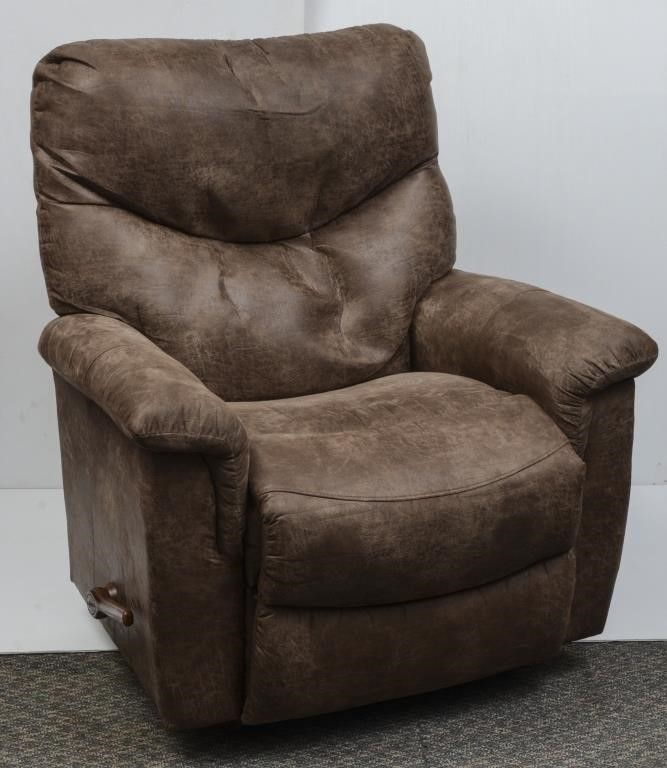 Fabulous La Z Boy Microfiber Recliner The K And B Auction Company Ibusinesslaw Wood Chair Design Ideas Ibusinesslaworg