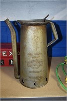 Old Servicestation Oil can