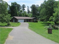 180626 - 4 Bedroom ~ 3 Bathroom Home on Approx. 1.8 Acres