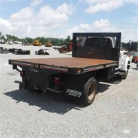 2006 CHEVY C5500 S/A FLATBED TRUCK