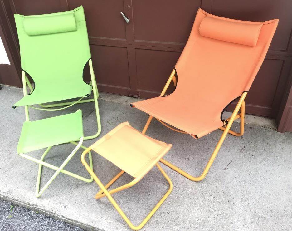 Fine 2 Fold Up Cloth Beach Chairs W Foot Stools Martinsburg Flea Evergreenethics Interior Chair Design Evergreenethicsorg