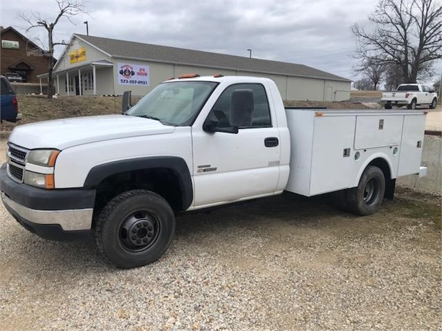 2007 Chevrolet 3500 For Sale In Laurie Missouri