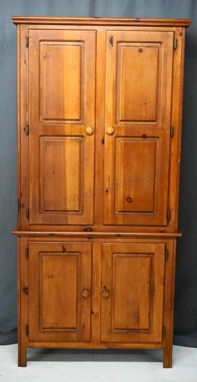 Knotty Pine Country Kitchen Pantry