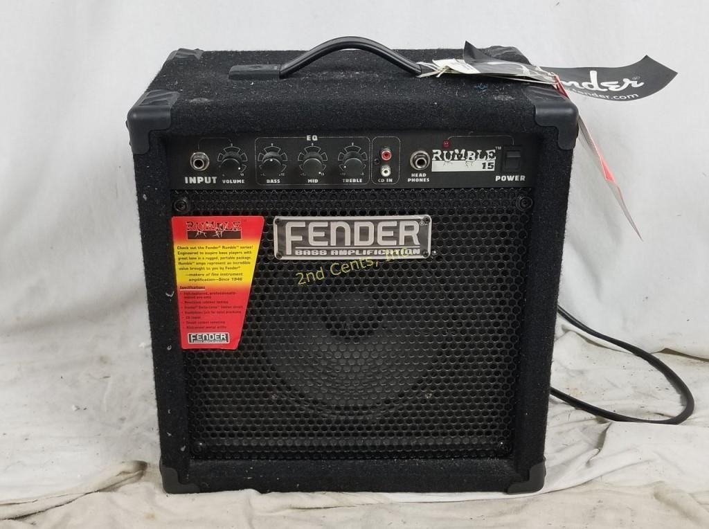 fender rumble 15 small bass guitar amp w tags 2nd cents inc. Black Bedroom Furniture Sets. Home Design Ideas