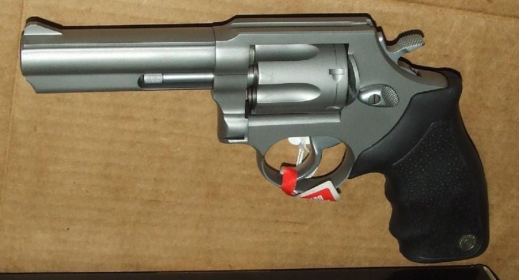 Taurus 65 357 Mag Revolver | Baer Auctioneers - Realty, LLC