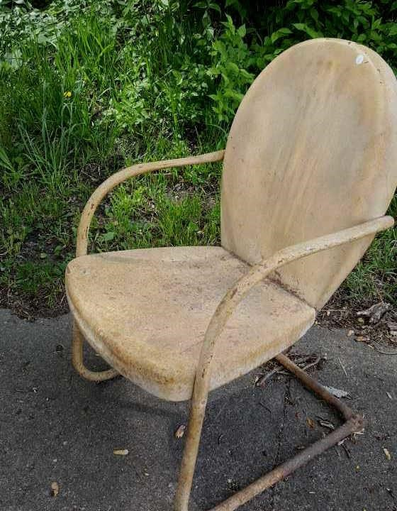 Vintage Metal Lawn Chairs >> Vintage Metal Lawn Chair Painted Yellow Harmeyer Auction