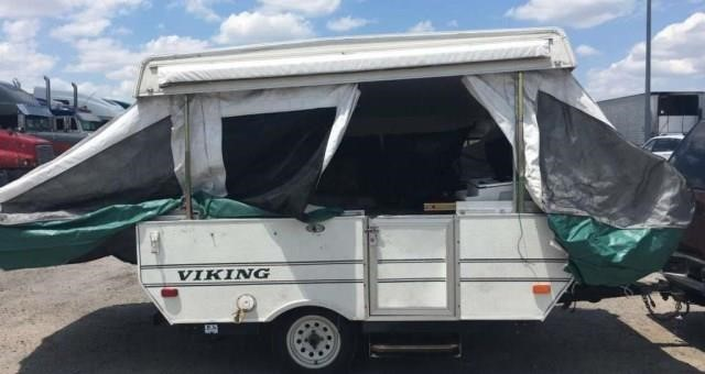 2001 Viking Pop-up RV Trailer | Apple Towing Co