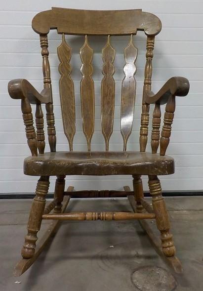 Tremendous Vintage Wooden Rocking Chair Meridian Public Auction Ncnpc Chair Design For Home Ncnpcorg