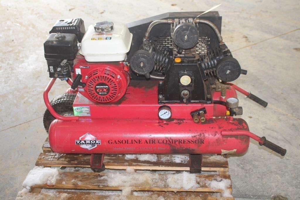 Lot 56 Tahoe 9 5 Gallon Pontoon Style Gas Air Compressor