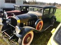 1929 Pierce Arrow Sedan