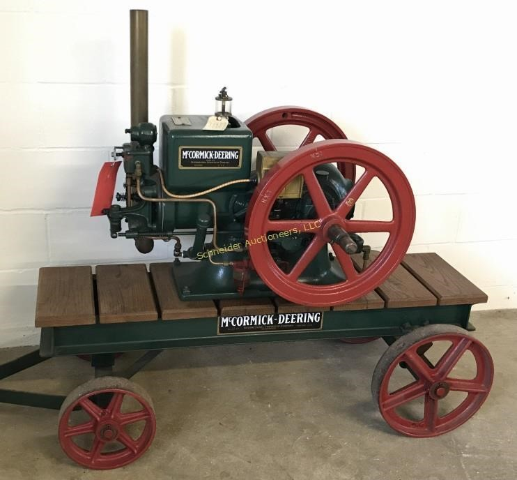 McCormick Deering 1 5 hp hit and miss engine | Schneider Auctioneers
