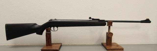 XISICO XS25  22 Spring Air rifle   United Country Musick & Sons
