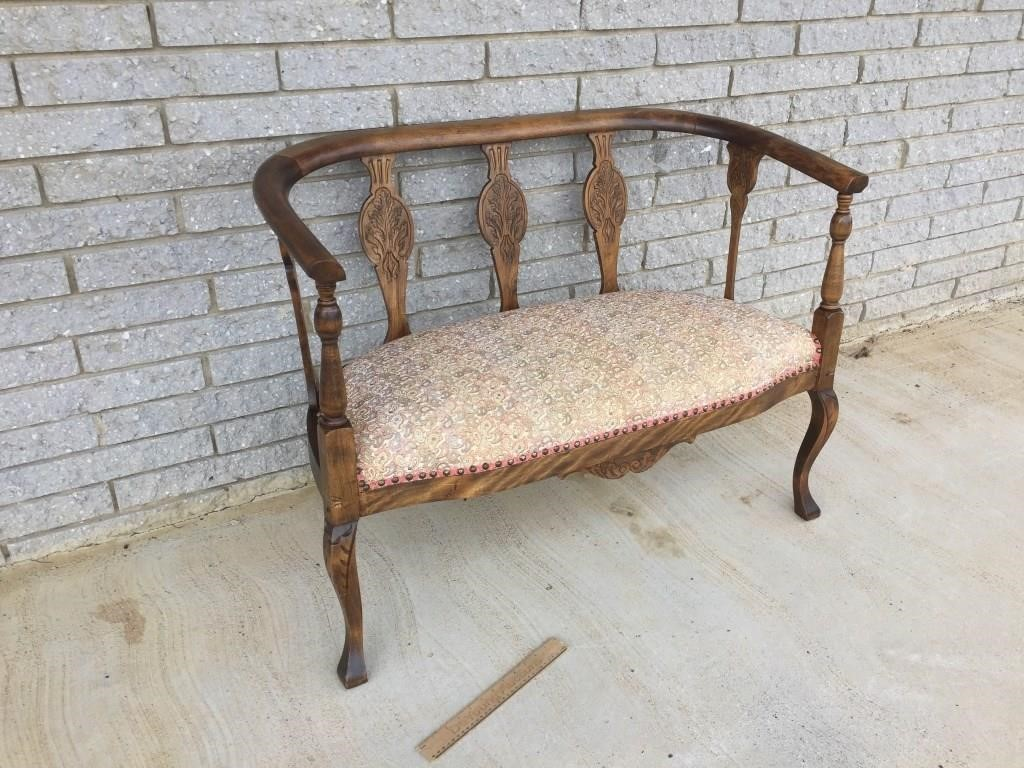 Settee Or Two Seat Bench Vintage Or Antique Deyoung Auctions