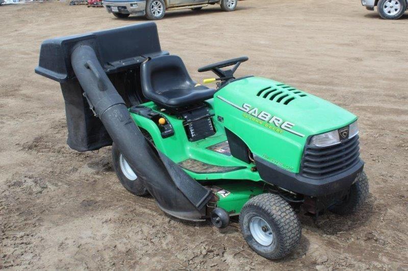 John Deere Sabre 1742 Riding Lawn Mower Smith Sales Llc